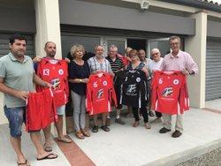 AAG - 19 juillet 2017 - Remise d'un jeu de maillots par le Conseil Général du Tarn & Garonne - Association Amicale Grisolles