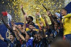 CHAMPIONS DU MONDE ! BRAVO LES BLEUS !