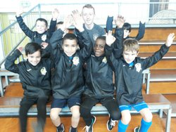 REMISE COUPE VENT JOMA AUX U6/U7 - AS CUINCY FOOTBALL