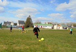 02 avril 2016: les u9 à l'entrainement - Association Sportive Pont de Buisienne