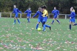 LES U14FEMININES SE RENCONTRENT A CHALONNES. Crédit photos.r.viau - FOOTBALL CHALONNES CHAUDEFONDS