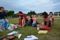 dernier entrainement de la saison 2015/2016 le 21 juillet 2016 pique nique au stade - CLUB PUY GUILLAUME  CSPG sportive feminine