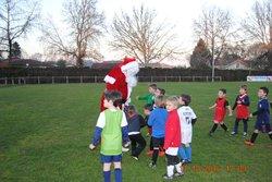 Le père noël est passé à l'école de foot,un grand moment pour tout les petits ! - Espérance de Oeyreluy