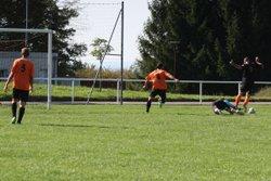2014-10-19 - Le but de la victoire (1-0) de Julien PASCAL contre Gilley - Football Club Montfaucon Morre Gennes La Vèze