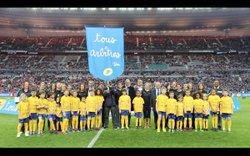 11/04/2015 - Emilie à l'honneur pour la coupe de la ligue (Photos LA POSTE) - Football Club Montfaucon Morre Gennes La Vèze