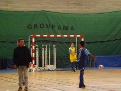1ère journée de la coupe FUTSAL U15 à BRANTOME face à BELLE ET DRONNE. Défaite 10 à 6 avec les honneurs et du jeu de la part des joueurs. - Ecole de foot FOOTHISLECOLE