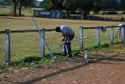 18/07/2015 - Mise en place des abris de touche - AL GLAINE-MONTAIGUT FOOTBALL