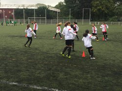 Match Paris FC - AC.Montreuil victoire de nos joueuses 4-2 bon match application et fair-play !!! 07-10-2017 - Associazione Club Montreuil Futsal         ACM MONTREUIL FUTSAL