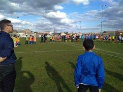 Rugbymen et footballeurs ont observés une minute de silence, en hommage aux quatre personnes tuées le 23 mars - TRAPEL PENNAUTIER FOOTBALL CLUB