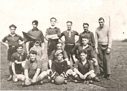 1958.4