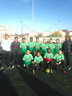 Vu dans le Progrès...Le football feminin à l'Asvel...