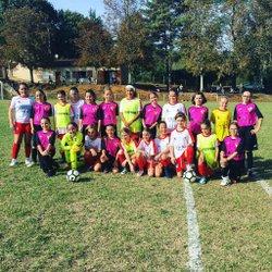 Une première pour les coquelicots : une participation à un championnat départemental féminin