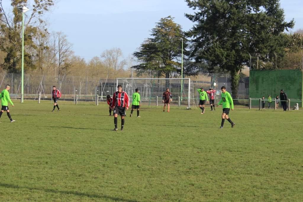 Album coupe du centre lunery dh 0 4 photo n 8 club football bourges foot footeo - Coupe du centre football ...