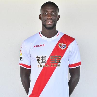 Osseynou sous le Maillot du Rayo Vallecano, club de la Liga Primera espagnole, avec qui il est sous contrat