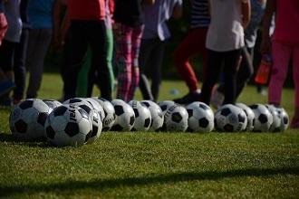 TOURNOIS DE FOOT DES CATÉGORIES U10 A U13 A L'ISLE-ADAM LE 8 ET 9 JUIN 2019 : site officiel du tournoi de foot de L'ISLE ADAM - footeo