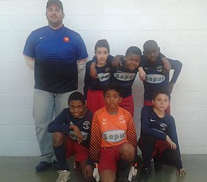 Nos jeunes joueurs avec Sebastien Chabal......ah non c'est Steve....